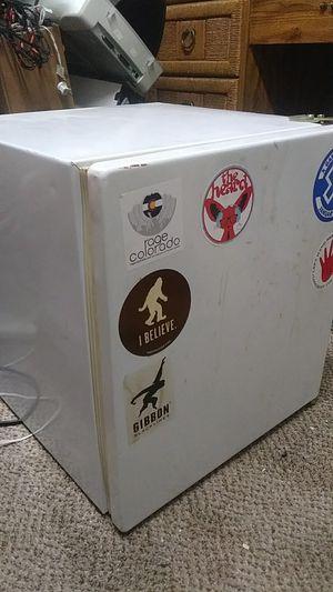 Mini Fridge & small freezer $20 for Sale in Denver, CO