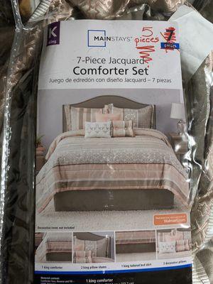 Mainstays King Jacquard Multi-Color Stripe Comforter Set for Sale in Springdale, AR