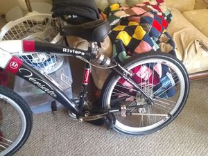 26 in mountain bike with air ride suspension for Sale in Livonia, MI