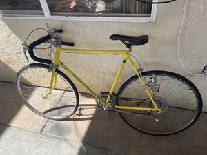Schwinn Road bike size 26 for Sale in El Cajon, CA