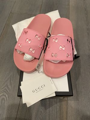 Gucci pink rubber slides size 9 for Sale in Los Angeles, CA