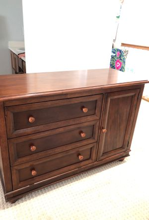 Dresser for Sale in Corona, CA