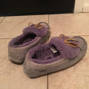 Ugg Dakota women's slipper for Sale in Chicago, IL
