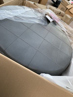 Round Ottoman for Sale in Bakersfield, CA