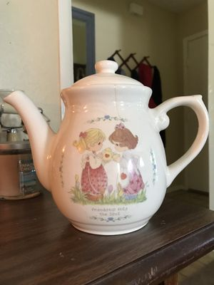 Precious moments tea pot for Sale in Friendswood, TX