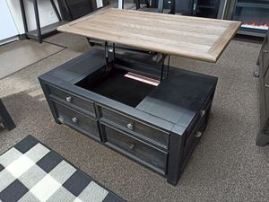 Lift Top Cocktail Table, Greyish Brown for Sale in Santa Fe Springs, CA