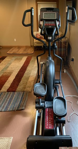 Sole E55 elliptical. Gently used. Works perfectly. Purchased for $1500 2years ago for Sale in Lexington, KY