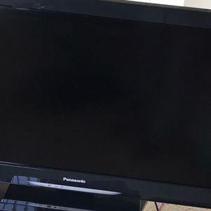 Panasonic TV 32inch for Sale in Alexandria, VA