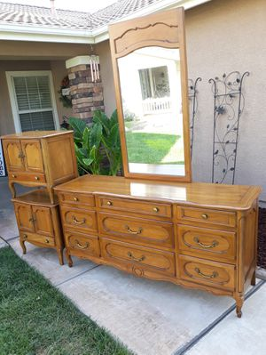 """VINTAGE """"CENTURY FURNITURE"""" 4PC. BEDROOM SET (SEE ALL PICS) for Sale in Corona, CA"""