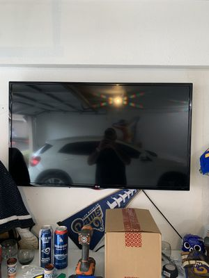 48inch LG tv flatscreen for Sale in Rancho Cucamonga, CA