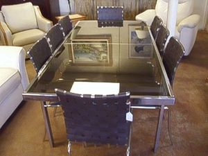 CHROME DINNING ROOM TABLE AND CHAIRS for Sale in Fort Lauderdale, FL