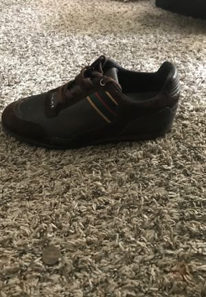 Gucci shoes,size 9 for Sale in Lawrenceville, GA