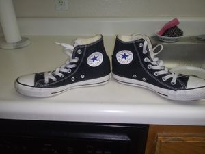 CONVERSE SHOES SIZE 7/5 for Sale in Las Vegas, NV