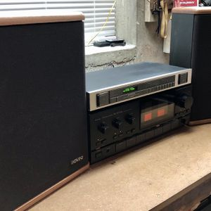 Sansui AU-G77XII Baby Advent II Pioneer Am/Fm tuner for Sale in Cedar Grove, NJ