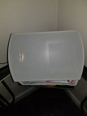 KLIPSCH GIANT OUTDOOR SPEAKER MODEL# C525TWH05200411 WORKS GREAT AND SOLD ON EBAY FOR $500 USED for Sale in Beaverton, OR