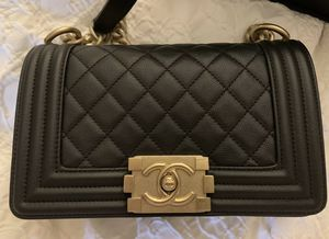 Authentic Chanel Boy Bag for Sale in Los Angeles, CA
