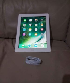 """Apple iPad -3 // 32GB, 9.7inch (Wi-fi with Interest access) Excellent Condition,""""as LikE neW"""" for Sale in Springfield, VA"""
