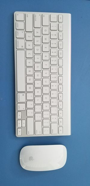 Apple wireless keyboard and mouse for Sale in Fort Lauderdale, FL
