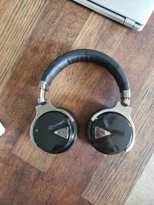 Bluetooth wireless headphones for Sale in Memphis, TN