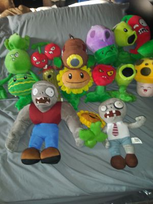 Popular characters Plushies!! In great condition. for Sale in Cicero, IL