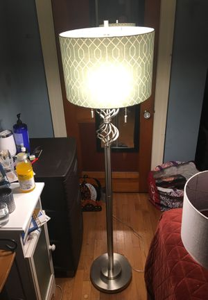 Standing lamp with two shades for Sale in Pittsburgh, PA