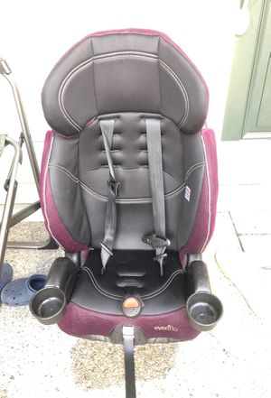 Evenflo car seat(could be used as booster too) for Sale in Bothell, WA