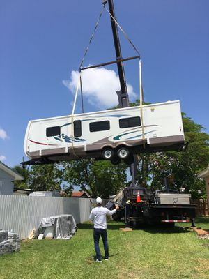 Rv sheds relocated,,, movemo casita de patio Rv container for Sale in Opa-locka, FL