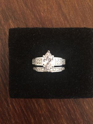 Engagement wedding set Rings Size 7 for Sale in Quartz Hill, CA