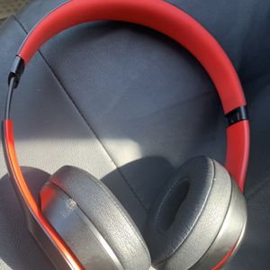 Beats Solo 3 Wireless for Sale in Port St. Lucie, FL