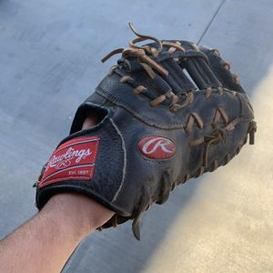 Baseball Glove for Sale in Whittier, CA