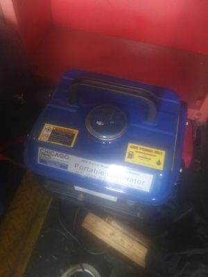 800watt portable Chicago generator for Sale in Oak Harbor, WA