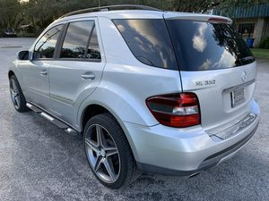 """2006 Mercedes Benz ML350 AMG 22""""rims for Sale in Tampa, FL"""