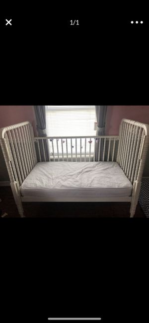 Crib with mattress for Sale in Houston, TX