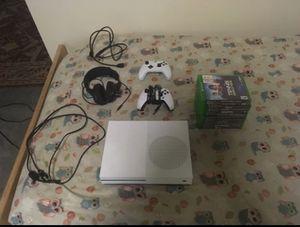 Xbox One 1TB Bundle for Sale in Burien, WA