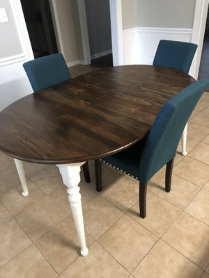 Kitchen table for Sale in Harrisburg, NC