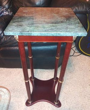 Marble Top End Table Gorgeous for Sale in Pulaski, TN