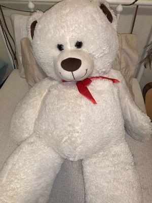 Big teddy bear for Sale in Covina, CA