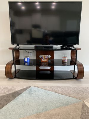 TV stand for sale for Sale in Loxahatchee, FL