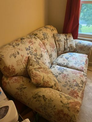 Love seat/small couch for Sale in Durham, NC