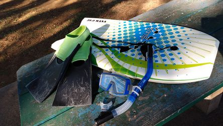 Snorkel gear and boogie board for Sale in Kahului,  HI
