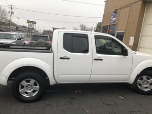 Nissan frontier 06 for Sale in Harrisburg, PA
