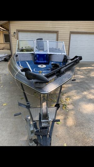Fishing boat BAYLINER 1987 Good condition for Sale in Citrus Heights, CA