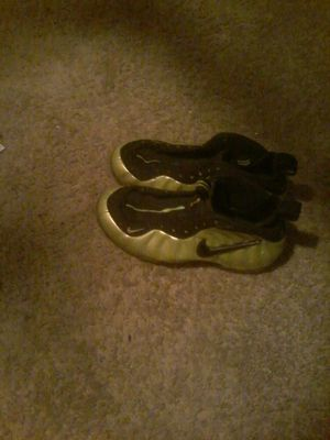 Nike Air Foamposite Pro Electric Green 2011 for Sale in Hyattsville, MD