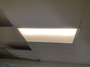 Pick up in Oakland fluorescent light fixture $20, for Sale in Pittsburgh, PA