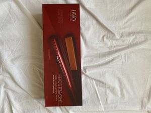 Lasio professional keratin ceramic hair straightener hot iron NEW IN BOX for Sale in Artesia, CA