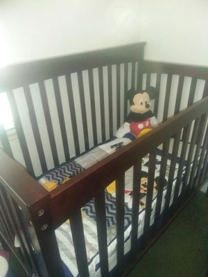 Changing table and crib for Sale in Tulare, CA