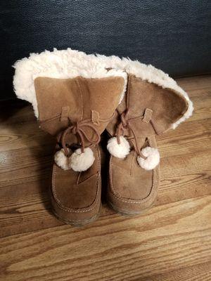 Women boots size 7 for Sale in Dunedin, FL