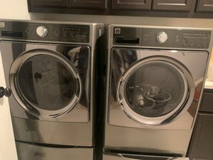 Kenmore Elite Electric Wahser and Dryer with 2 pedestals for Sale in Tracy, CA