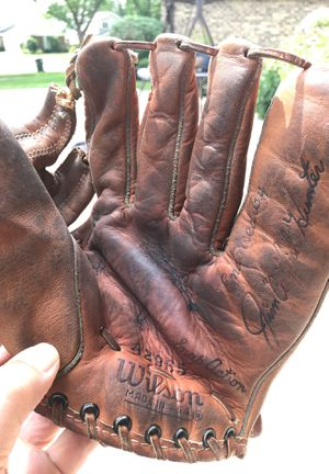 Old wilson baseball glove for Sale in Arlington Heights, IL