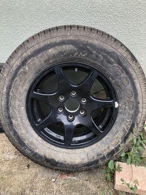 Rim and Tire 265x70x17 for Sale in Orlando, FL